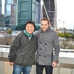 Mein Kommilitone Alexej und ich in der Moskau-City